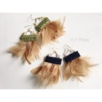 - nude fluffy feather pierce -