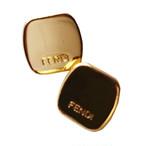 【VINTAGE FENDI BUTTON】スクエア ゴールド ミニロゴ ボタン 1.2cm F-20001