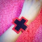 十字ブレス(赤×黒)