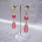 Pink × gold vintage pierce