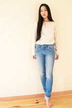 ストレートデニム(さざなみ色) Straight Jeans (Beach Wave Blue)