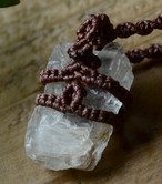 ペタライト原石マクラメペンダント(CASA BLESSING)petalt-0011