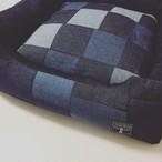【雑誌掲載品】デニムの小型犬用ベッド・カドラー