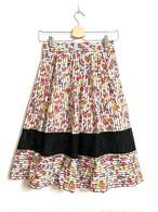 小花柄が可愛い裾メッシュスカート