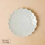 13[前田 麻美 個展]灰青釉ダリア5寸皿