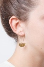 ◇STATE OF A◇ Earring Creole structured semi circle(Item No. 11716 )