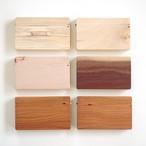 [展示室より]木目の個性的な磁石式名刺ケース(カードケース)