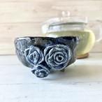 バラモチーフ和食器『三連瑠璃薔薇碗』バラノシュラバ