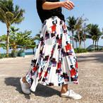 【再入荷】ミステリアスな雰囲気のロングスカート♪