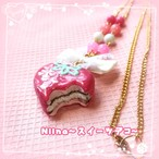 【Niina〜スイーツデコ〜】いちごチョコパイのネックレス i0502002-3