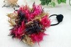 手編み ふわふわお花のヘアゴム(赤x茶)