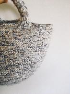 T様ご検討品/たくさんの白い糸と水色茶色などで編んだコロンとかわいい小さめトート❤︎