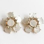 mother of pearl flower earring[e-722]