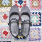 victoria/ strap shoes