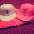 レ CAP