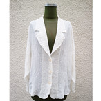 White pleats jacket