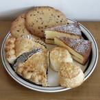 Y's Muffinのヴィクトリアケーキとお菓子のセット