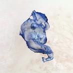 ディープブルー|染めオーガンジーの片耳アートピアス