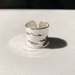 Two slit wide ring