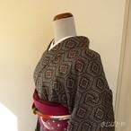 正絹紬 グレーと赤の小紋 袷の着物