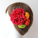 赤のダリア、マムの髪飾り