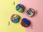 ARRO / 刺繍 ブローチ / SHELL