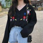 【tops】ファッション刺繍Vネックシャツ22752686