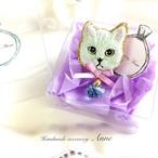 猫ちゃんピンブローチ(アイスブルー)