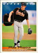 MLBカード 93UPPERDECK Mike Mussina #233 ORIOLES