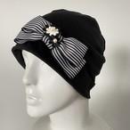 ストライプリボンとお花のケア帽子 黒