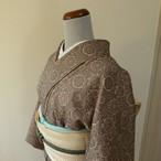 正絹 グレージュに唐花紋の小紋 単衣の着物