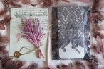 "laceflower socks × MAISON LOU paris "" leggings & flowers"" グレー"