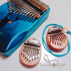 カリンバネックレス ミニカリンバ 指ピアノ アフリカ楽器 手編みケース付き手のひらサイズ