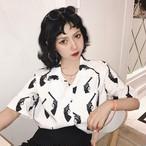 【tops】プリント半袖学園風Vネックシングルブレストシャツ17630573