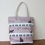 【メゾンドキャッツ】猫柄カラープリントトートバッグ(ネコピアノ/ピンクベージュ)【猫雑貨 猫グッズ】