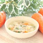 じっくりコトコト♪鶏手羽の野菜たっぷりスープ