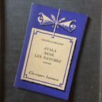 パープルの表紙が素敵!パリ ラルースの本