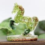 馬型 ペリドット&マラカイト オルゴナイト 置物 財運をもたらす馬モチーフ