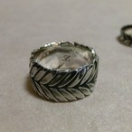 LAUREL WREATH RING-M-