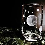 月のグラス