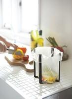 キッチンをスタイリッシュに!!ポリ袋エコホルダー