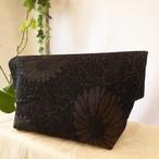 和裁士さんが考えたバッグインバッグ 黒地に銀菊