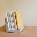 セメントブックスタンド -1-(cement book chiar)