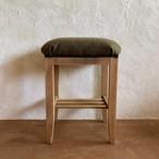 古いミシン椅子