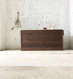 レトロな横幅のある収納棚[古家具]