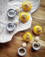 retro flower print(yellow) × race beads × gray ring