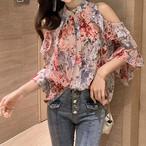 おすすめ 新作 夏物 ブラウス 五分袖 花柄 シフォン シャツ オープンショルダー シースルー フリル デート