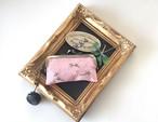 刺繍の印鑑ケース(ピンク・かすみ草)