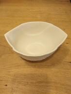 ホワイトグレーハートのスズラン皿