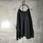 [NIKE] one pointed black sweat